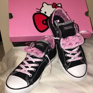 New Hello Kitty Converse Maddie Slip On Shoes